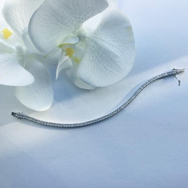 Tennis Bracelet White Velvet 18 cm – White zirconia, square set